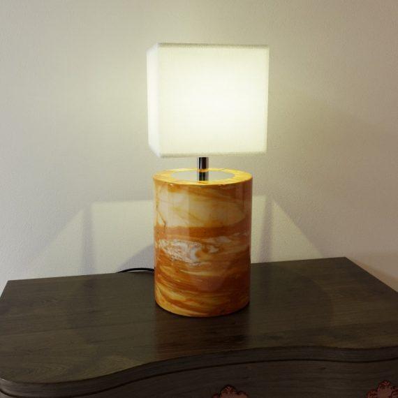 Lampada rendering prodotto MaurizioFredaArchitect - light on - rendering prodotto - rendering lampada da tavolo - rendering e-commerce