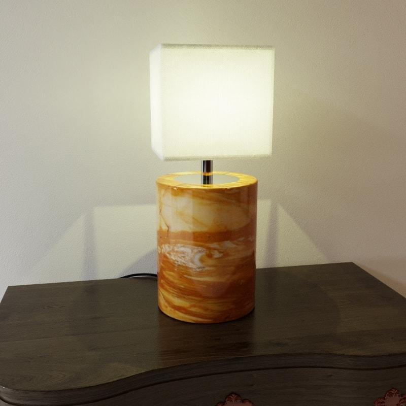 Lampada rendering prodotto MaurizioFredaArchitect - light on - rendering prodotto - rendering lampada da tavolo - rendering e-commerce - rendering ascoli piceno - rendering catalogo prodotti - rendering lampada da tavolo